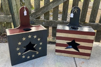 Bag boxes painted in Americana theme