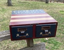 Metal 2-drawer box painted in Americana theme